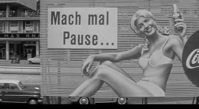 """Filmstill aus """"Eins, zwei, drei"""" von Billy Wilder, 1961"""