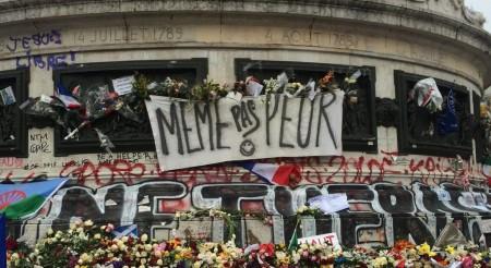 Keine Angst: Paris lässt sich nach den Anschlägen im November 2015 nicht unterkriegen.